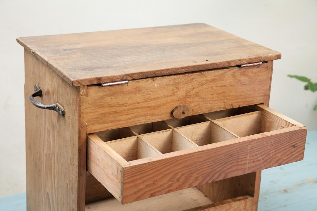 hobby box – SOLD